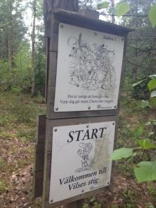 Varje dag går två barn vilse i skogen.