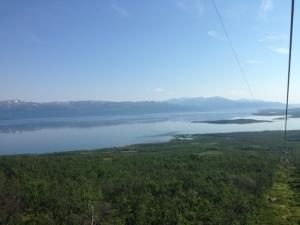 Vy från linbanan mot sjön Torneträsk.